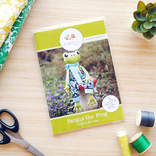 Fergus the Frog Sewing Pattern - HARD COPY